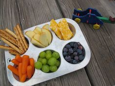Great way to get your kids to have fun with healthy snacks. It's all about a fun presentation.