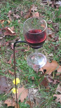 Wine glass holders for outdoors.  I need a few of these!