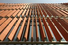 University College London Cancer Institute: Paul O'Gorman Building in London by Grimshaw Architects