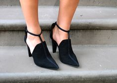 These shoes though #fabfound {www.theclosetandthecook.com}