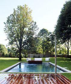 outdoor-shower-the-novogratz