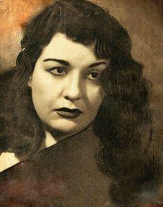 Mimi Chakib Net Worth