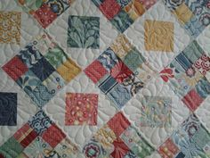Quilted4You: New sample wall hanging #quilting #longarm