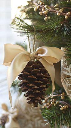 pinecone ornament tutorial....
