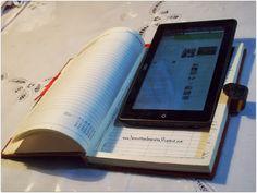 El taller de Anaisa: Forro para Tablet (reciclando una vieja agenda)