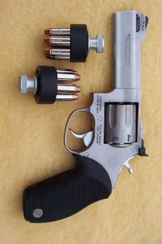 "Taurus 4"" in .357 MAG and .38SPL"