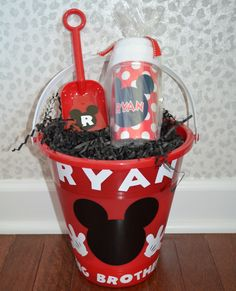 Mickey Mouse Sippy Cup & Sand Bucket bucket parti