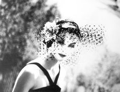black and white classic #fashion photo by Lillian Bassman for @CHANEL 1958 ad campaign