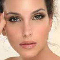 Simple yet elegant makeup #PFBeauty #PFBeautyBuzz