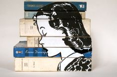 Original painting on books - Portrait Black and White - Creation Isabelle Rey Studio.