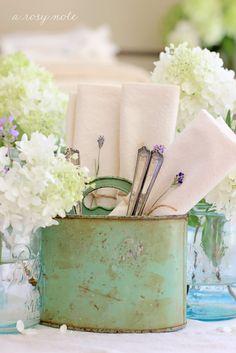 table settings, summer gardens, vintage tins, vintage tables, napkin holders