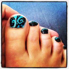 Aqua & Black Nail Design