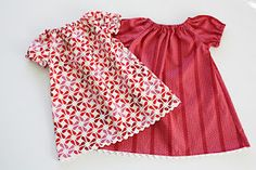 Cute baby peasant dress - Free pattern with tutorial