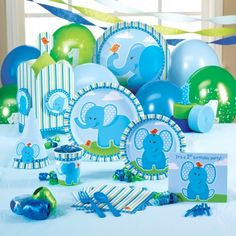 -to cute lol What a great idea the Blue Elephant is for a 1st birthday party!