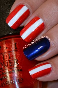 Ah, a nice and easy 4th of july mani.