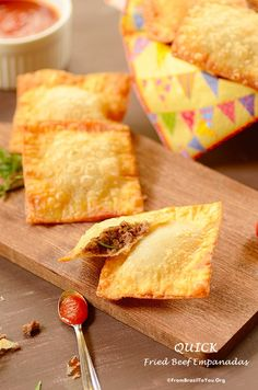 Quick Fried Beef Empanadas (Pastel de Carne Rápido) - From Brazil To You