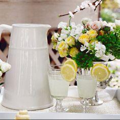 drink tray, decor, table settings, idea, yellow roses