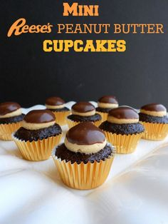 Mini Reese's Peanut Butter Cupcakes