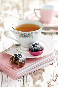 teapot, tea parti, books, tea time, cooki
