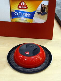 The O'Cedar O-Duster is an inexpensive way to pick up dust and pet hair in your house. #ihhs13 #cleaningappliances #vacuum