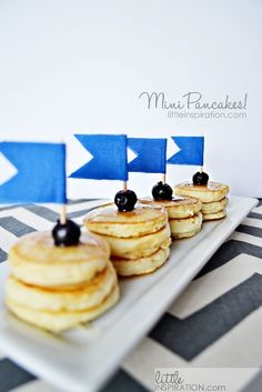Mini Pancake Stacks · Edible Crafts | CraftGossip.com