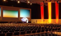 Tips on how to cut costs when organising a Business Conference