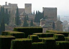 Espana castl magic, alhambra palac, españa, hedges, alhambra castle, palaces, alhambra hedg, granada spain, place