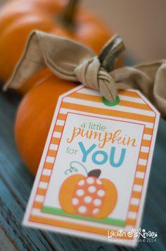eighteen25: Free Printable Pumpkin Gift Tags