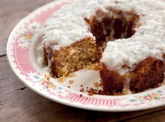 Grandma Yearwood's Coconut Cake with Coconut Lemon Glaze Recipe : Food Network - FoodNetwork.com