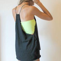 Trash To Couture: DIY: 5 min Tshirt Refashion