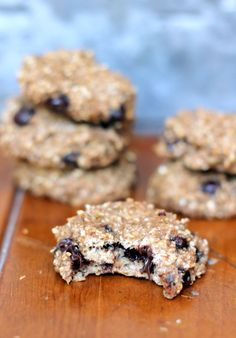 2-Ingredient Healthy Banana Bread Breakfast Cookies -- only 60 calories per cookie! Add in chocolate chips for fun.
