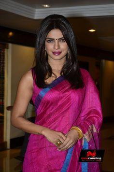 Priyanka Chopra Recieves Priyadarshini Global Award