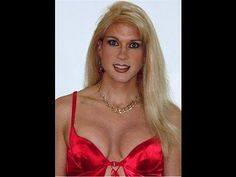 Heidi Crossdresser, Creating Cleavage.  UNBELIEVABLE