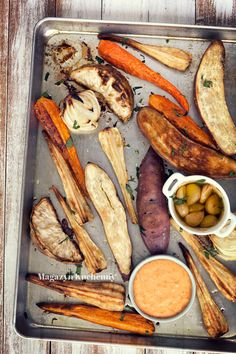 Baked winter vegetables with spicy dip
