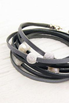 Black Silver Pearl Leather Wrap Bracelet / Fresh Water