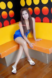 I'm a Sexy woman. I'm seeking white men who are not look down women or who is under. If you are drink or smoke I am ok and can accept. http://www.thaidarling.com/asiangirls/sexy-women-dating-no-brc-35612-m-32-years-old-single-woman-phetchabunthailand/