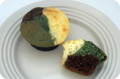 Camo Cupcakes (Batters: chocolate, white & white that's dyed green)