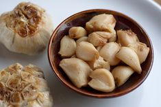 Do you know the secret to roasting garlic? Click here to find out! #recipe #fall #Thanksgiving
