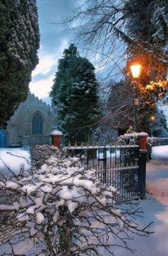 holiday, fenc, winter wonderland, snow, luxury travel, beauti, east ride, light, christma