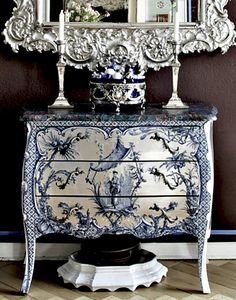 Painted chest Skona Hem chinoiserie, mirror, painted furniture, toile, dresser, design interiors, white, chest skona, blues