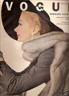 Lisa Fonssagrives, Vogue, September 1951; photo by Irving Penn vogu magazin, magazin cover, lisa fonssagr, irving penn, irv penn, vogu cover