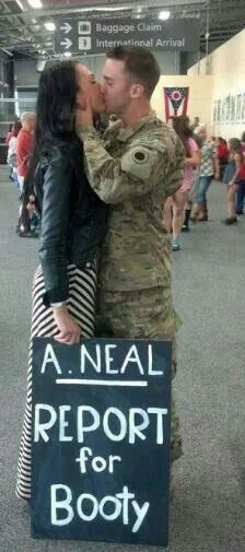 Super cute welcome home sign! #welcomehome #deployment