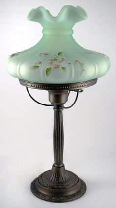 Fenton Lamp willow green