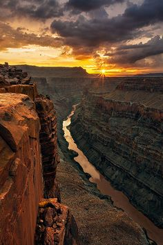 Classic Sunrise at Toroweap, Grand Canyon National Park, Arizona, USA,