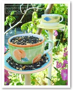 Easy to make bird feeder out of cup and saucer.