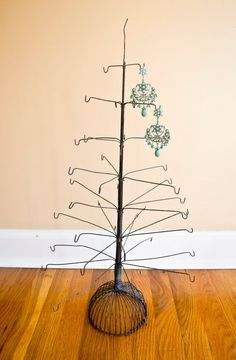 Antique Industrial Wire Statue jewelry Stand