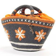 Laugoa (ラウゴア) crochet purse orange