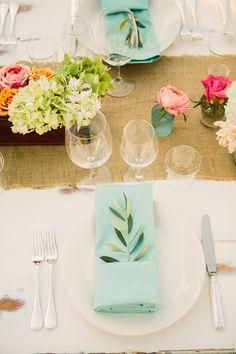 modern rustic tablescape, photo by Matt Edge http://ruffledblog.com/southern-inspired-wedding #reception #placesettings #wedding