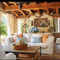 Beautiful old world....comfy....outdoor living area!