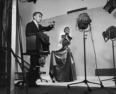 #Vogue photographer #HorstPHorst with mannequin #LisadeFonssagrives, 1949.  A master of light and shadow, a muse of fashion.